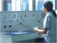 Cylinder test desk