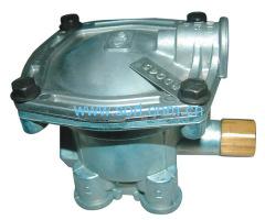 Relay valve series