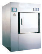 Mechanized door pulsant vacuum sterilizers
