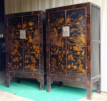 Antique Chinese Black Lacquer Gilt Cabinet