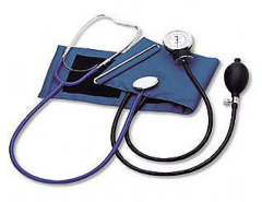 Sphygmomanometer attached stethoscope attaching stethoscope