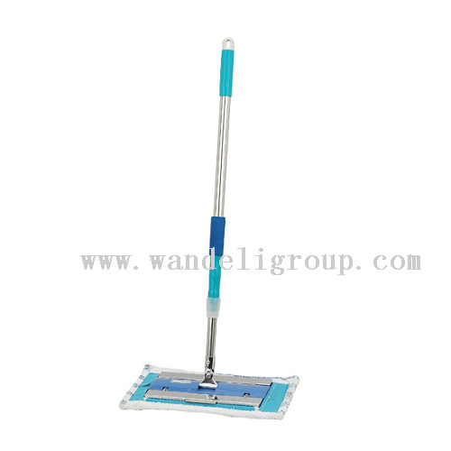 cleaning dust mop