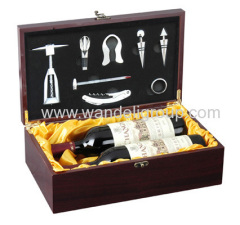 luxury wooden wine sets