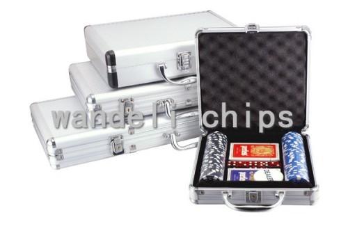 100 piece poker chip set