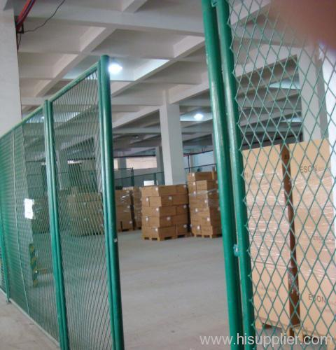 pvc-coated expanded metal fences