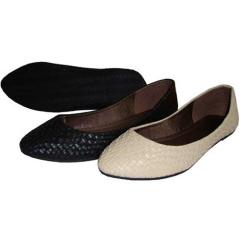 large size ladies shoes
