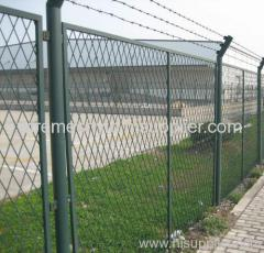 deep green pvc coated expanded metal fences