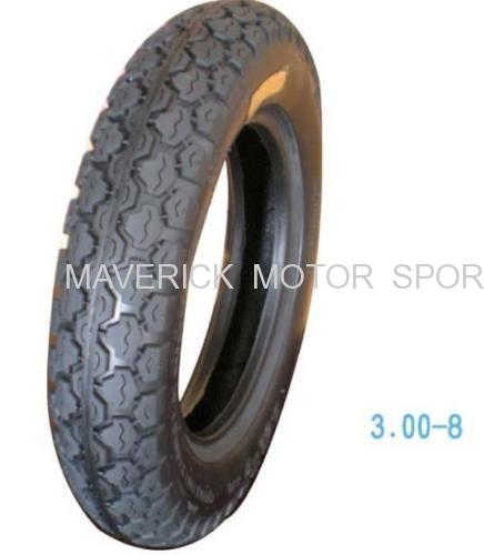 Motorcycle tubeless tire