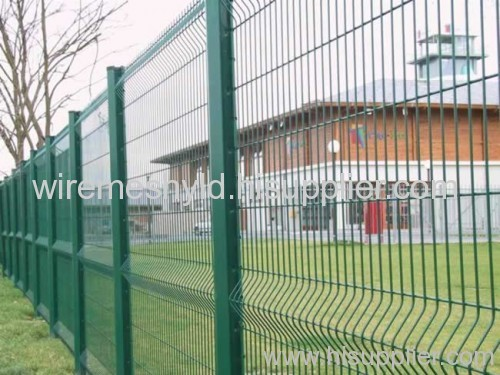 deep green powder coated fences