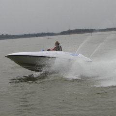 4 stroke speed boat