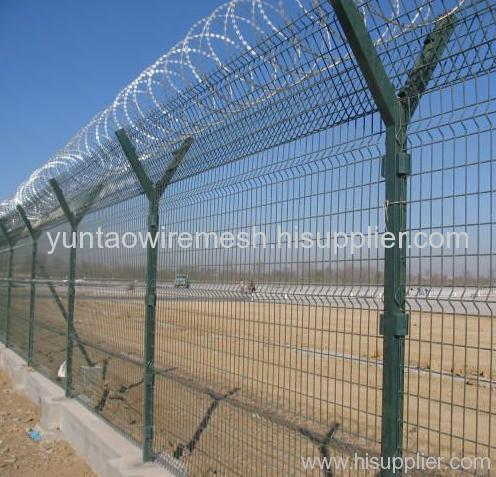 galvanized welded mesh fence with barbed wires