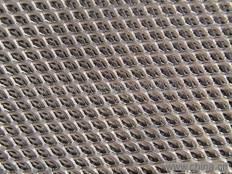 expanded titanium mesh