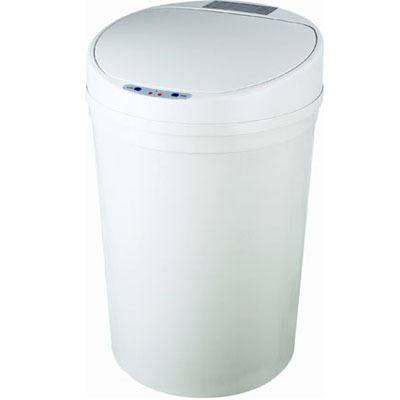 touchless kitchen trash cans