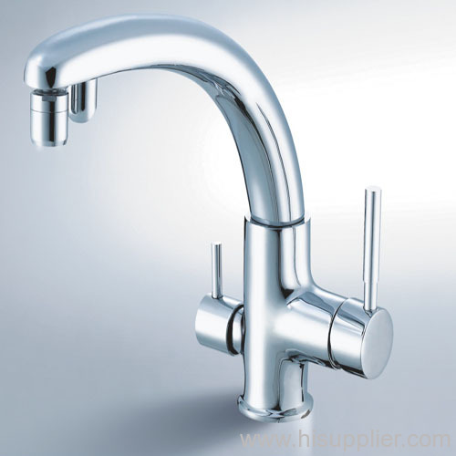 kitchen faucet with pure water