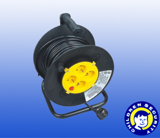 French 25m Electric Cable Reel