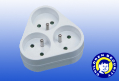 3outlet Universal AC Power Adapter