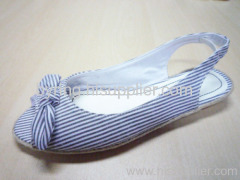 lady's casual shoes