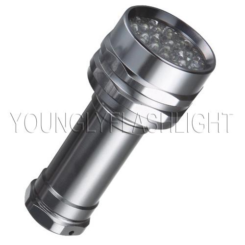 28 LEDs flashlights