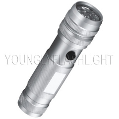 12 LEDs flashlight