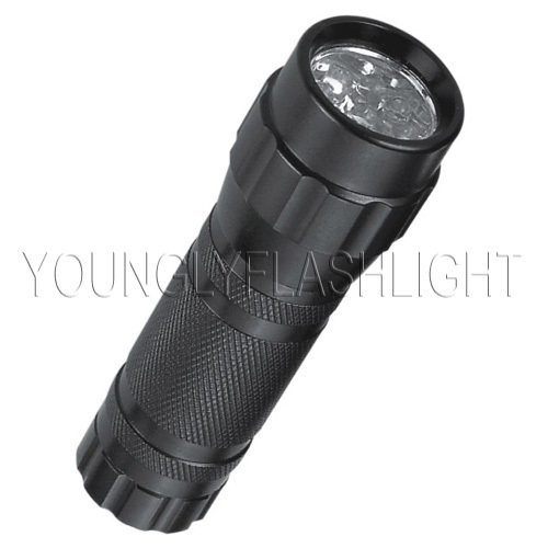 9 LEDs flashlights