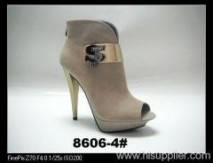 ladies fashion booties