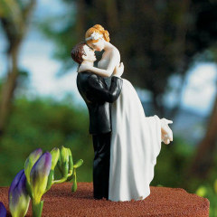 True Romance Couple Figurine wedding cake toppers