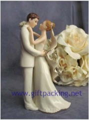 100% handwork polyresin Off-White Porcelain Bride and Groom Wedding Cake Topper Figurine