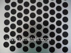 Staggered Round Hole Mesh