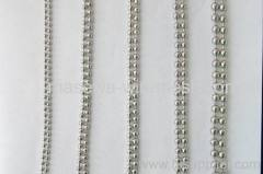 Metal bead chain link curtain