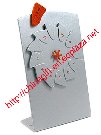 Stainless Steel Ratchet Silvery Clock
