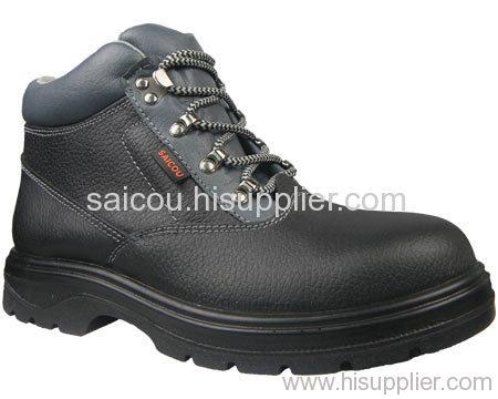 PU injection safety shoe