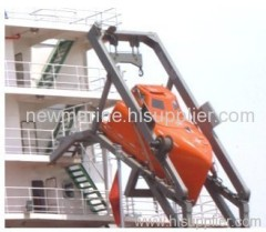 Launching Appliance of Free-Fall Lifeboat