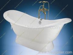 Cast iron slipper tub with pedestal