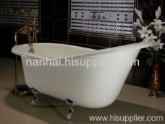 Roll top in one side cast-iron bath