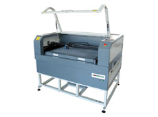 Low Cost CO2 PVC Laser Engraving And Cutting Machine