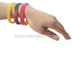 cheap silicone bracelets with debossed logo