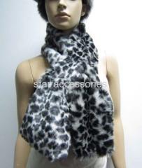 fake fur leopard scarf