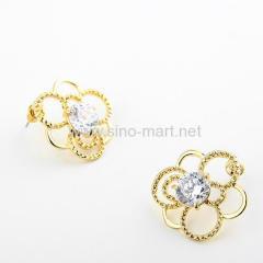 Stud flower earrings