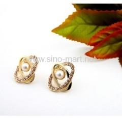 stud pearl earings jewellery