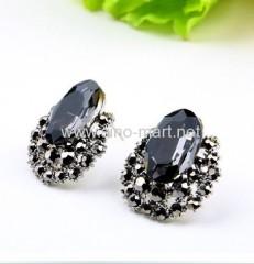 elegant stone earring