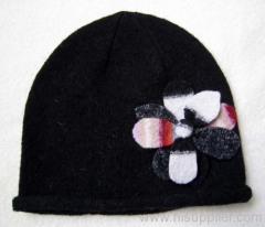 wool hat with applique