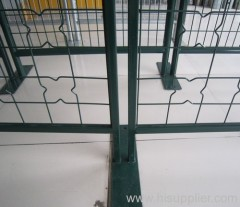 Temporary fencing with frames