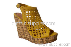 PERFORATED WEDGE SHOE