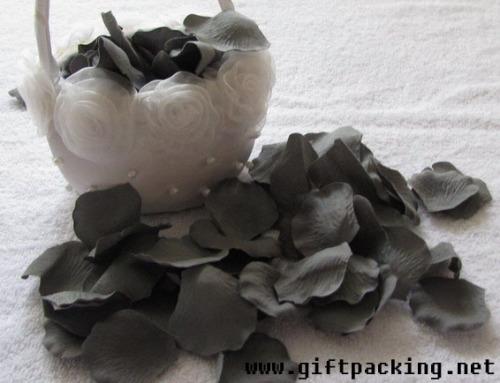 Silk Rose Petal / Wedding Petals
