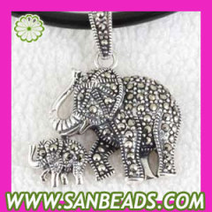 Thai Sterling Silver Mother and Baby elephant Marcasite Pendant
