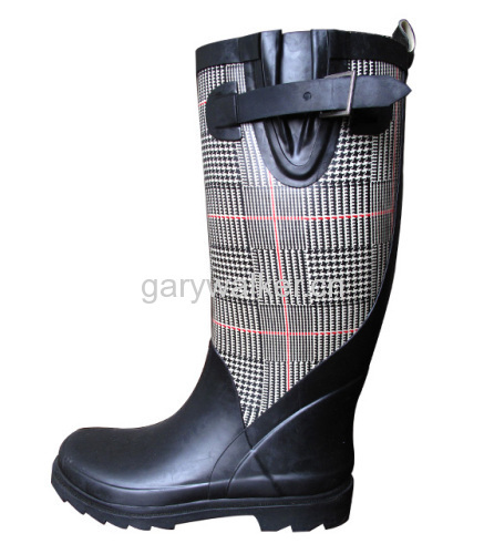 Fashion rubber boots