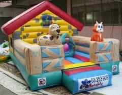 IC-614 House bouncy castle
