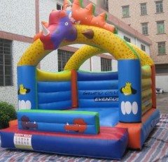IC-621 Dino bouncy castle