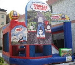 IC-637 Thomas bouncy castle inflatables