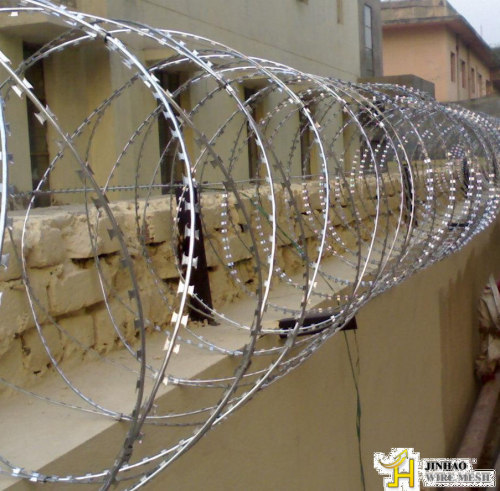 Concertina Wire From China Manufacturer Anping County